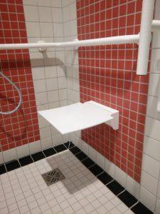 Ungepolsteter Duschsitz