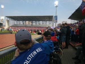Holstein Kiel – Barrierefreiheit größer machen!